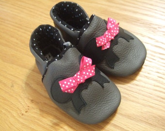 minnie mouse baby shoes 12-18 month leather soft soled shoes