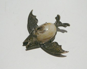 Vintage Fish Brooch pin with Jelly belly