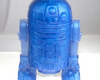 This is the droid you're looking for - R2D2 soap - Star Wars, robot, android, scifi, science fiction, geek, nerd, soap for boys, a new hope
