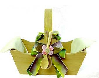 Decorated wooden basket-Mustard