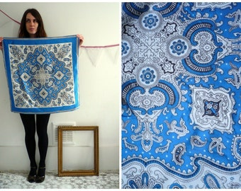 Vintage Russian Paisley & Floral Printed Silky Scarf
