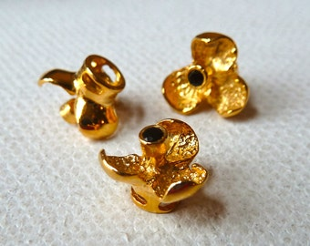 Black Onyx Gold Vermeil Orchid Flower Bead - Unique 3 Petal Gemstone Flower on Platform - 9mm - High Quality