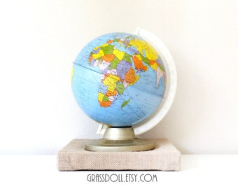 Vintage 1960s 9inch Ohio Art Metal Desk Globe, Item No. 61914