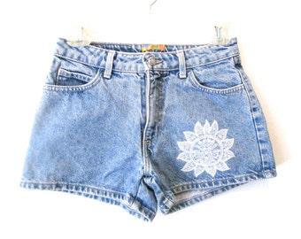 90's Floral High Rise denim shorts size - S/M