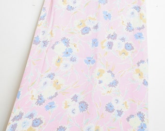 Vintage 80s/90s Super Cute High Waisted Sweet Heart Floral Print Skirt