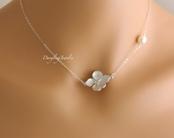Bridesmaid Necklace, Elegant Pearl Necklace, Bridesmaid's Gift, Gift for Her, Hibiscus Necklace, Bridesmaid Jewelry