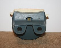 Vintage GAF Lighted Viewer View-master