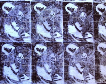 Large sheet white tissue paper linprinted by hand with tiger print