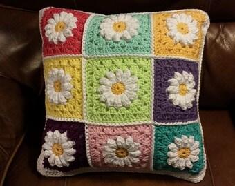 Daisy Pillow   100% cotton pillow
