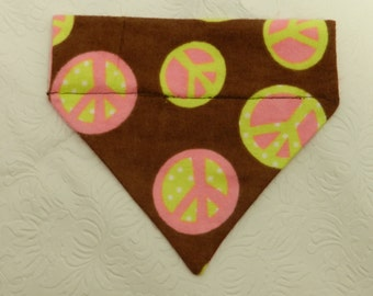 Peace Out! Cute Pink & Brown Daisy Peace Sign Groovy 60's inspired Bandana. Custom For UR Ferret Cat Dog. All Bandanas are Reversible.