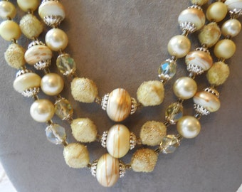 Super Chunky 3 Strand Choker Necklace w/ Venetian Dew Beads    JBU37