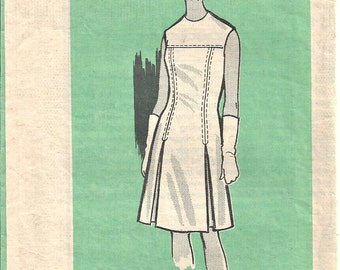 Mail Order Dress Pattern 9407 Marian Martin Size 18 Vintage 1960s
