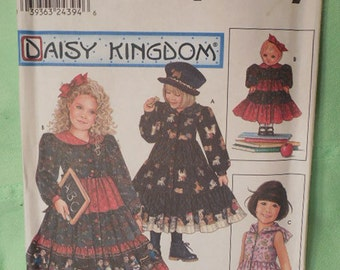 Simplicity  9436  Daisy Kingdom  Toddler Girls and Doll Dress