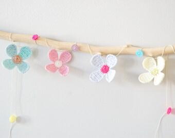 Daisy Crochet Flower Garland