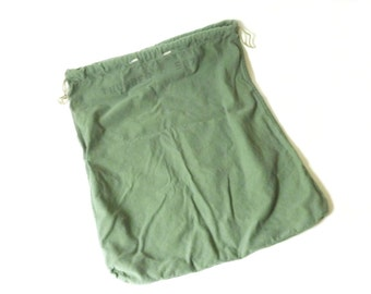 Vintage Cotton Army Duffel Bag... Mail Bag, Heavy Duty, Luggage, Sack, Tote, Duffle Bag, Drawstring, Laundry Bag, Military Gear
