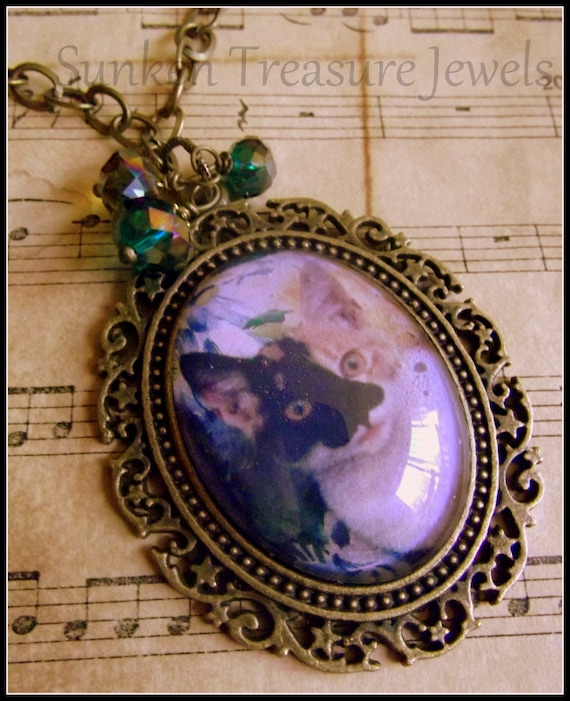 Celebrate A Cat, Personalized Pet Cameo, Victorian Cameo, Cat Lovers, Cat Lady, Cat Fanciers, Cat Jewelry, Downton Abbey Cat Cameo