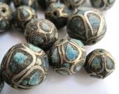 Vintage Beads - Crushed Turquoise Beads - Graduating Size - Indian Bead