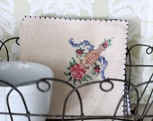 Set of Four Vintage Linen Napkins with Embroidery
