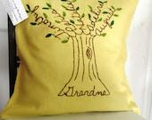 Grandma Pillow Cover. Personalized Family Tree Art. Mother's Day Gift Grandchildren. Gift for Grandma Grandpa. Mother-in-law. Gift for Mom.