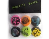 Pretty Snake Button Set