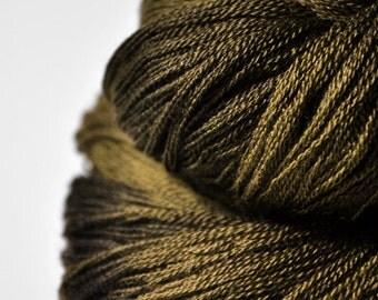 Dried brown algae  - Merino/Silk/Cashmere Fine Lace Yarn