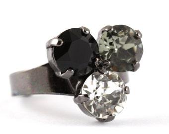 Crystal Ring Black Gunmetal Rockabilly Three Swarovski Crystals Black Crystal Black Diamond