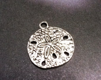 Sand Dollar Charms Pendants Antiqued Silver Ocean Charms Nautical Charms 10 pieces