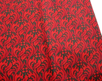 Red and Green Holiday Print 109