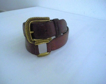 Vintage Fossil Brown Leather Belt Gold tone metal accents