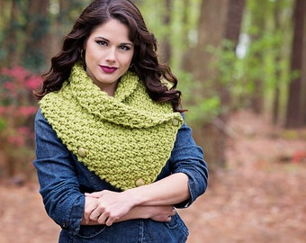 moss green neckwarmer, knitted wool cowl, chunky knit neckwarmer, choice of trending colors, winter accessories, womens fashion
