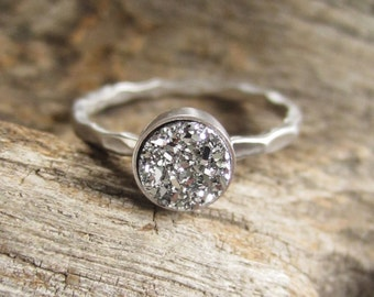 Tiny Silver Druzy Ring Titanium Drusy Quartz Sterling Silver Hammered Band