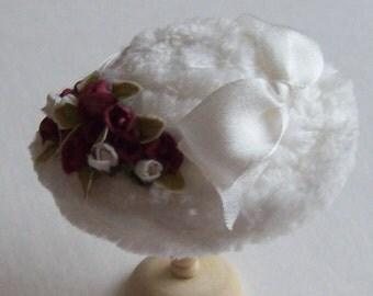 Pretty 1/12 scale handmade dollhouse miniature  silk hat