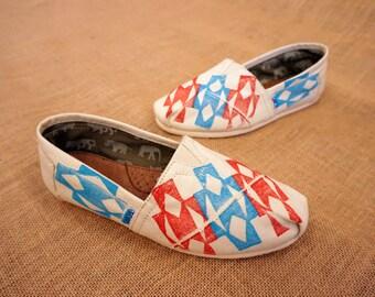 Navajo Tribal Print TOMS shoes
