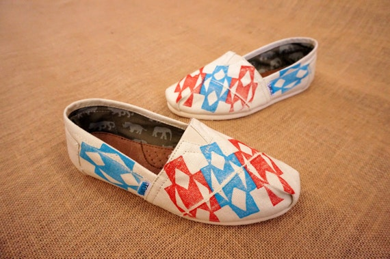 Navajo Tribal Print TOMS shoes