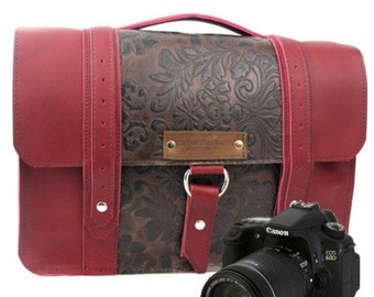 """15"""" Red and Brown Paisley Ashbury Sonoma Leather Camera Bag"""