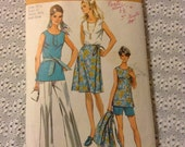Vintage Simplicity 9428 Pants, Shorts, Tank, Tunic, Wrap Skirt Sewing Pattern 43 Bust