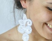 pearl lace earrings -boho victorian lace jewelry