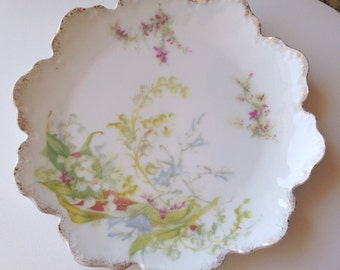 "Rosenthal Lily of the Valley Tea Plate - 6""  Malmaison RC Germany - white gold pink green - early - dessert lilies bridal wedding"