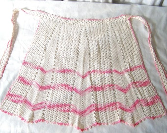 Vintage Crochet Apron Pink and White Apron Pink Kitchen Retro Kitchen Gift for Mom Mid Century 1950s