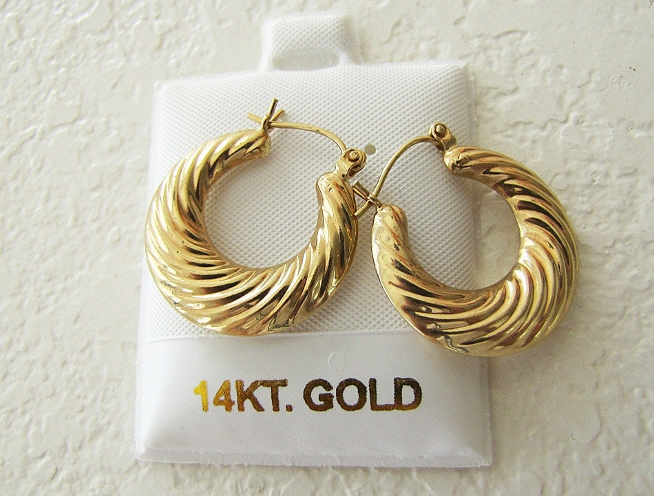 gold shrimp earrings genuine 14k gold shrimp hoop earrings by swantreasures on etsy 8153