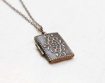 Antique style rectangle Locket - S2340-2