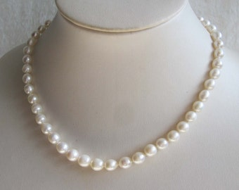 Classic Rice White Freshwater Pearl Necklace
