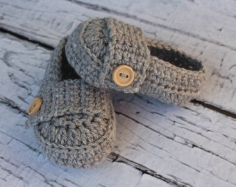 Crochet Baby Loafers, booties, shoes Boys or Girls. Grey Available in lots of other colours