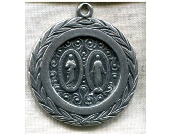 """Our Lady of Carmel Silver Vintage Religious Medal Pendant on 18"""" sterling silver rolo chain"""