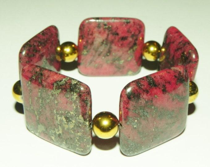 Red chalcopyrite and golden haematite statement stretch gemstone bracelet