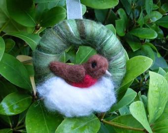 Felted Christmas Wreath - Robin