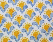 Vintage 1970s quilt fabric in highquality unused cotton with small printed yellow/ blue flower pattern on white bottomcolor