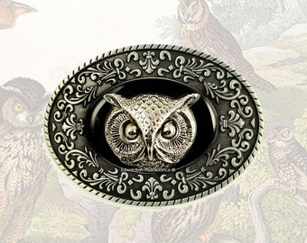 Oval Belt Buckle Victorian Owl Inlaid in Hand Painted Enamel Onyx Black with Intricate Brocade Etchings Custom Colors and Peronalized Option