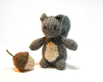 Squirrel toy, stuffed squirrel, squirrel acorn, woodland nursery, woodland animal, knit animal, tiny knit animal, knit squirrel, knit acorn