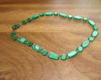 vintage necklace choker green lucite